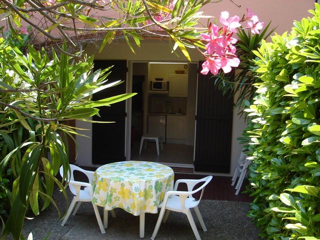 """Résidence """"Le Colombier"""" (Studio rez de jardin 25 M²), Vallauris"""